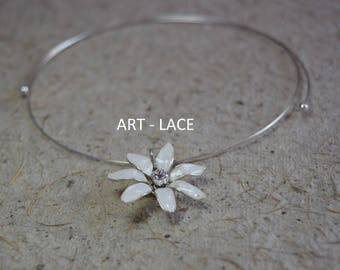 Jasmine Choker for women Jasmine pendant Choker Necklace Delicate necklace Jasmine jewelry set White Ivory Bridal set women's gift Charmed
