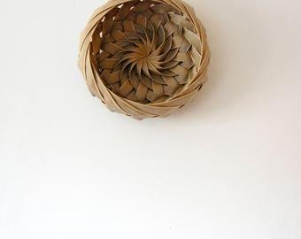 Palm leaf Basket Bowl/ Caribbean Made Woven Basket Bowl