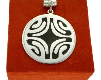 Etua, Sterling Silver Pendant with Ebony Wood