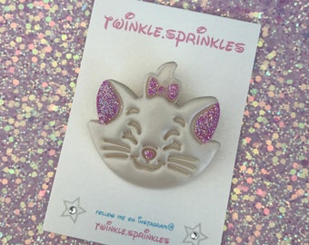 Marie aristocrats pearl effect brooch and matching paws