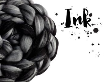 Blended top - Blended roving - Spinning fibre - 100g - 3.5oz - 23 micron Merino - Tussah silk - Black - Grey - INK