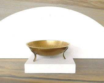 Small Brass Bowl,Vintage etched brass trinket bowl,Footed solid brass trinket dish,ring dish ,Catchall dish