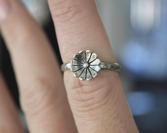 Sterling Silver Hammered Flower Ring