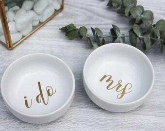 Personalized Mrs Ring Dish | Bridal Ring Dish | Jewelry Dish | Jewelry Trinket | I Do Ring Dish | Bridal Shower Gift | Wedding Dish