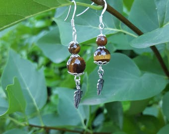 Stud Earrings in 925 Silver with Tiger eye