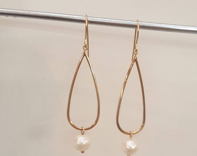 Vintage 14K Solid Yellow Gold Earrings Dangles Pierced Pearl JCM