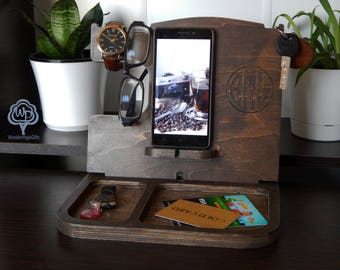 Personalized Gift for men Docking Station mens gift for husband gift for men Gift for Him Custom Gift for Dad Fathers Day Gift for boyfriend