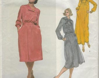 Vintage Vogue American Designer Sewing Pattern Bill Blass Size 12 Uncut Factory Folded