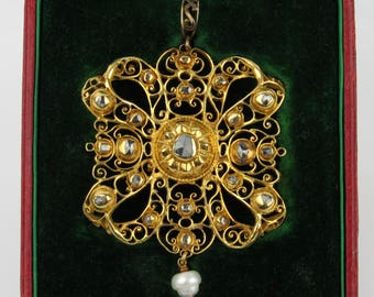 Beautiful 18th C Portuguese Table Cut and Rose Cut Diamond Bow Pendant