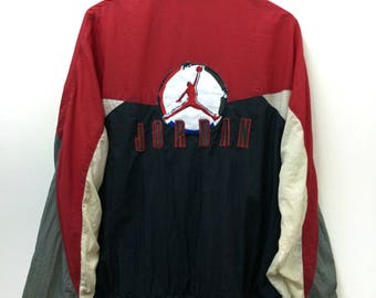 "Rare!! Vintage Nike AirJordan//Windbreaker Striking Colour//Embroidery Spellout logo Jordan//Size M""//Raglan"
