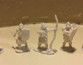 5pc Orc Soldiers - Paintable 5 piece Figurine Set (28mm Scale)