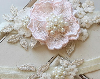 Gold Blush Bridal Garter , Champagne Wedding Garter, Lace garter , Vintage style Garter,  Flower Garter , Stretch Lace Garter Set