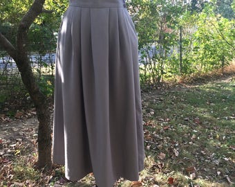 Vintage 1970's Grey wool A line skirt by Stern's