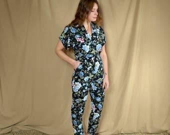 1980's Black Floral Jumpsuit / Tapered Pants Elastic Waist / size Small - Medium
