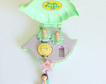Vintage 1991 Polly Pocket - Polly's Earring Case - Lulu Leaf Clip Ons - Star Dream Earring - Green Leaf Compact