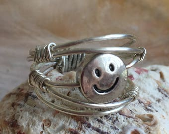 Happy Face Wire Ring