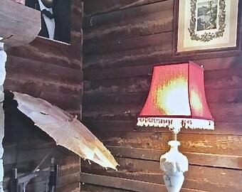 Elegant Hollywood Regency Alabaster Table Lamp