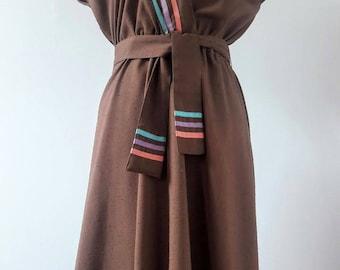 Size 10 Vintage Linen Dress with Ribbon Trim