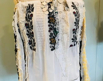 Vintage Hungarian hippie  blouse