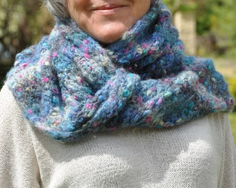 Snood, knitted scarf handmade in acrylic