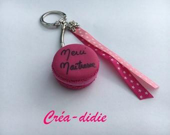 Thank you teacher macaroon keychain