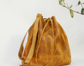 LEATHER BUCKET BAG Waxed brown yellow, Size large, Leather Shoulder Bag, Leather Bucket Purse, Made in Greece, Handmade bag