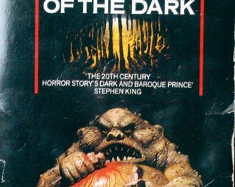 Haunter of the Dark. H P Lovecraft omnibus volume 3.