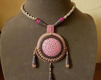 Vallauris pink necklace