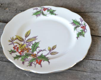One Royal Albert Holly Dessert Plate, Bone China, Flower of the Month Series