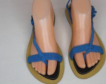 Blue sandals/ footwear/ flats/