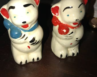 1940s Pawnee Salt and Pepper Shakers Bears