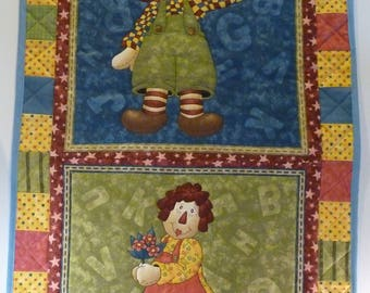 Quilted Wall Hanging - Raggedy Ann and Andy