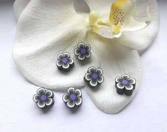 Flower polymer bead