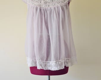 vintage 60s soft pink, white lace baby doll nightie