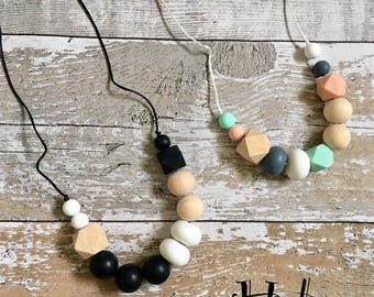 Silicone Teething Necklace, Teething Necklace, Nursing Necklace, Breastfeeding Necklace, Teething Jewellery, New Mum Gift. HALONA
