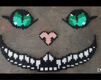 Cat Cheshire beaded iron - Alice in the land of wonder decoration