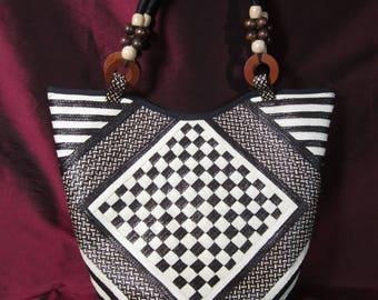 HANDMADE Colombian Cana Flecha Handbag in Ivory, Chocolate Brown and Black