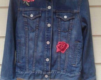 Gap vintage boho floral applique stretch denim jacket -M