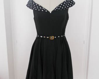 50s dress with dots and loops
