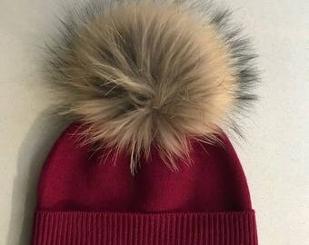 100% Pure Cashmere Hat with Fur PomPom in Wine Red