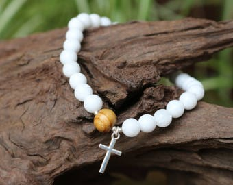 Bracelet natural - white Jades, wood beads from the Peru and 925 sterling silver cross