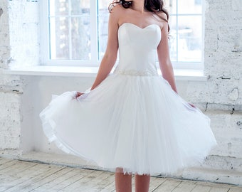 short wedding dress, tea length wedding dress, strapless wedding dress, corset wedding dress, short bridal gown