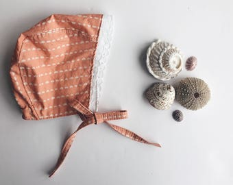 Peach Striped Baby Bonnet in Cotton Fabric with Lace Trim, Spring Baby Girl Style, Lace Baby Bonnet, Baby Girl Bonnet, Bonnets for Babies