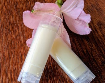 Organic Lip Balm - The only lip balm you will ever need - pthalate and paraben free- only organic ingredients used- Gluten Free