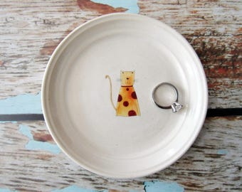 Fun cat ring dish, spoon rest or tea bag holder, glazed in white with an orange polka dot cat