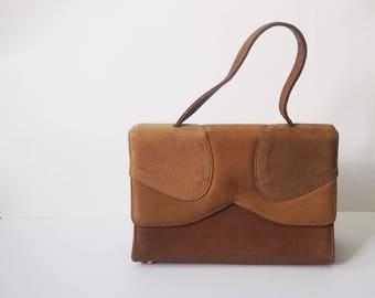 The Grace Kelly Bag / Vintage 1940s Brown Leather Handbag / 40s Petite Doctor Satchel