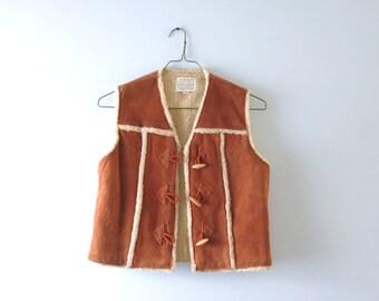 Vintage 70s Suede Vest | 1970s Brown Suede Cowhide Vest M | Vintage Suede Vest