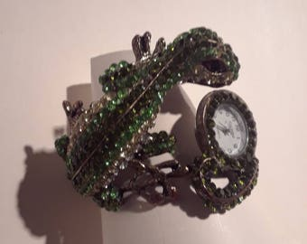 Vintage  Figaro Couture Cuff Bracelet Watch Rhinestone Crystal lizard green AB
