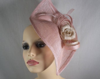 Peach and cream hatinator/fascinator. Wedding hat-Special occasion hat-Races hat
