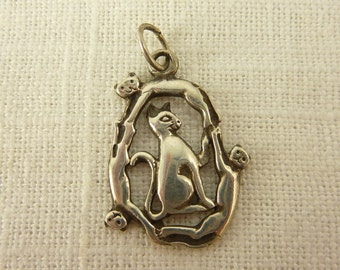 Vintage Sterling Cat Family Charm